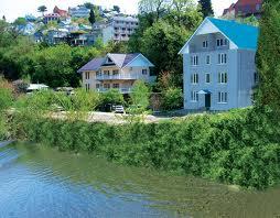 В прибрежной зоне рек и водоемов шириной в 100м теперь запрещено строить дома