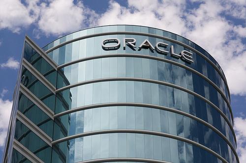 Компания Oracle получила чистую прибыль в размере $2.2 млрд