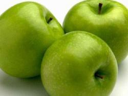 В украинских яблоках обнаружен яд