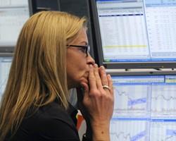 Украинские фондовые индексы падают