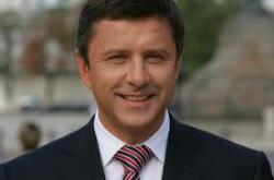 Попов избавляется от конкурентов
