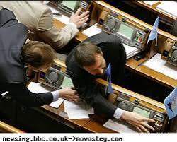 Депутаты узаконят голосование друг за друга
