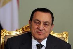 Мубарак и его семья покинули Каир в неизвестном направлении