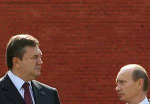 Януковичу бы день простоять да ночь продержаться