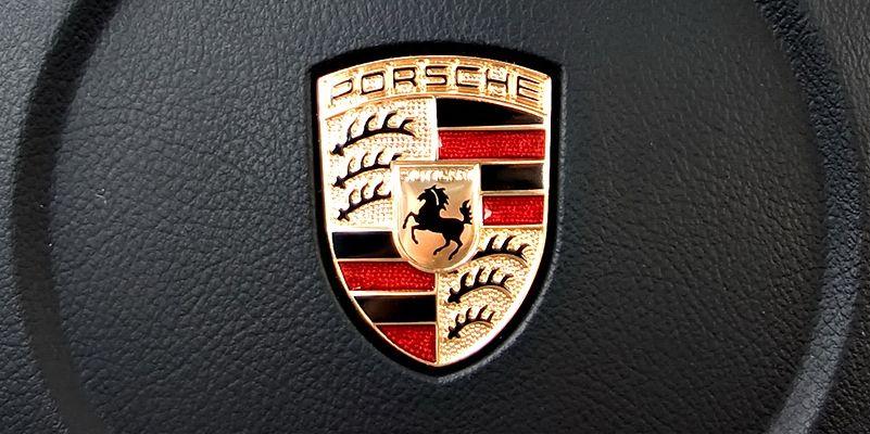 Суд встал на сторону Porsche в споре с хедж-фондами