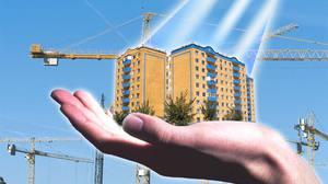 Азаров развеял надежды студентов на квартиры