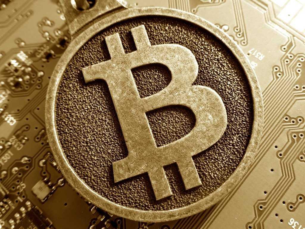 Американские регуляторы считают биткоин угрозой финансовой стабильности США