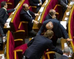 ВР уменьшила расходы госбюджета-2010 по погашению задолженности предприятий ТЭК за энергоресурсы