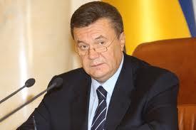 Янукович уволил ряд замминистров и сохранил пост мужу регионалки