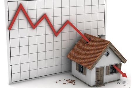Доллар «подтягивает» цены на жилье