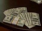 Украинцы почти установили рекорд по скупке валюты