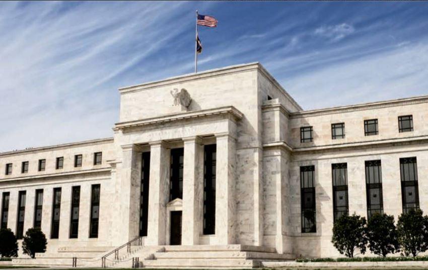 ФРС поднимать ставку не будет
