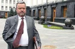 Иван Плющ вышел из НУНС, чтобы помогать Януковичу