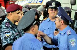 """""""Учителя не хотят учить детей сотрудников милиции (ВИДЕО)"""""""