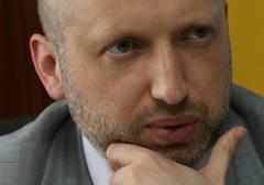 Турчинов рассказал, почему власть не разорвала контракты Тимошенко
