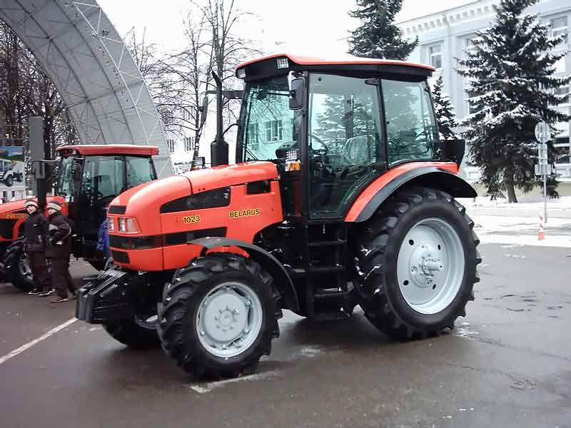 Трактора МТЗ Беларус.