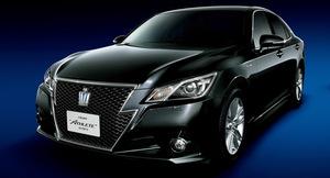 Представлено четырнадцатое поколение седана Toyota Crown