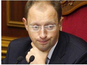 Яценюка не посадят, но он ждет вызова в ГПУ