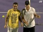 Роддик и Альмагро устроили комедийное шоу в финале турнира в США
