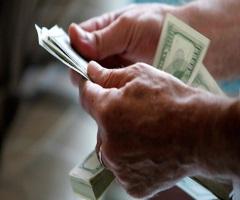 Украина без российских денег: как быть?