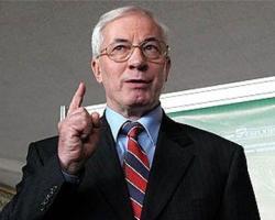 Азаров предложил детям плясать под дудку Табачника
