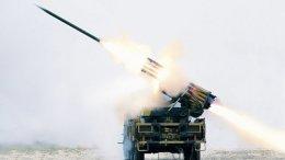 Противников Каддафи обстреляли ракетами
