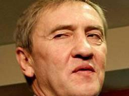 Черновецкий всегда живой, Черновецкий всегда с тобой...