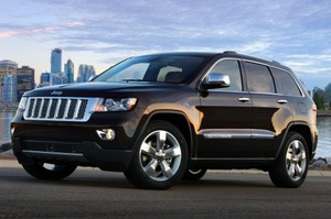 Шпионеры засняли обновленный Jeep Grand Cherokee