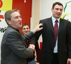 Суд: Кличко не прав, Черновецкий не крал 70 млрд.