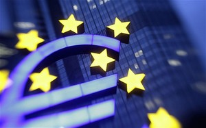 Еврозона уходит в затяжную рецессию