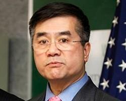 Импорт китайских товаров в США увеличился в августе до рекордных 35,3 млрд долл