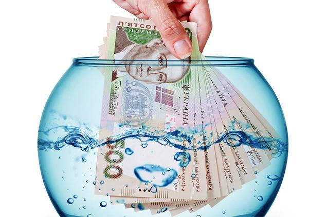 Украинская экономика постепенно уходит под воду