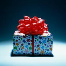 Налоговая предлагает отменить декларирование подарков