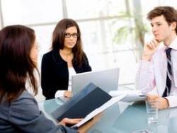 Если друг просит устроить на работу: помочь или отказать?