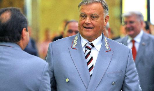 Как живет глава РЖД Владимир Якунин?