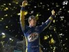 Бред Каселовски стал победителем NASCAR Sprint Cup