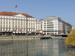 Банковский сектор Швейцарии терпит урон от блокчейна