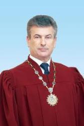 У Верховного судьи страны - ОБЫСК!