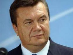 Янукович разрешил допуск иностранных подразделений на Украину