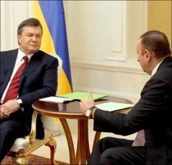 Алиев дал Януковичу миллион долларов