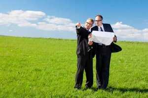 Содействие адвоката, включая земельные споры
