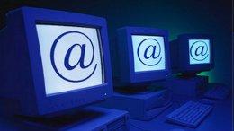 Эксперт: Делать низкоскоростной Интернет-доступ общедоступным нецелесообразно