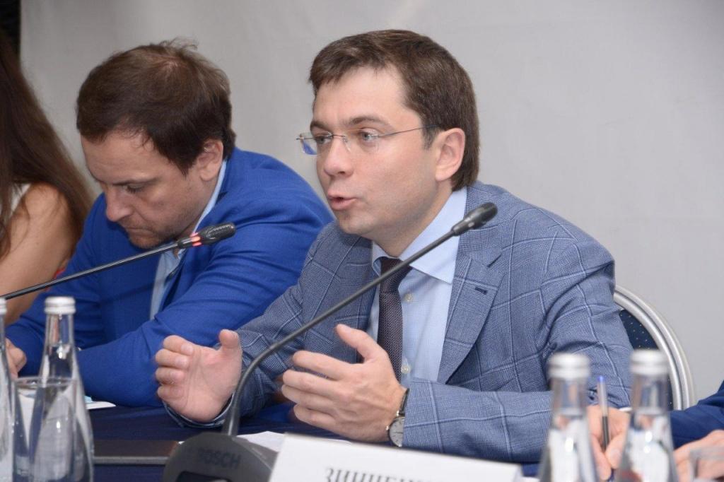 Закон об управлении будет стимулировать приход специалистов в сферу ЖКХ