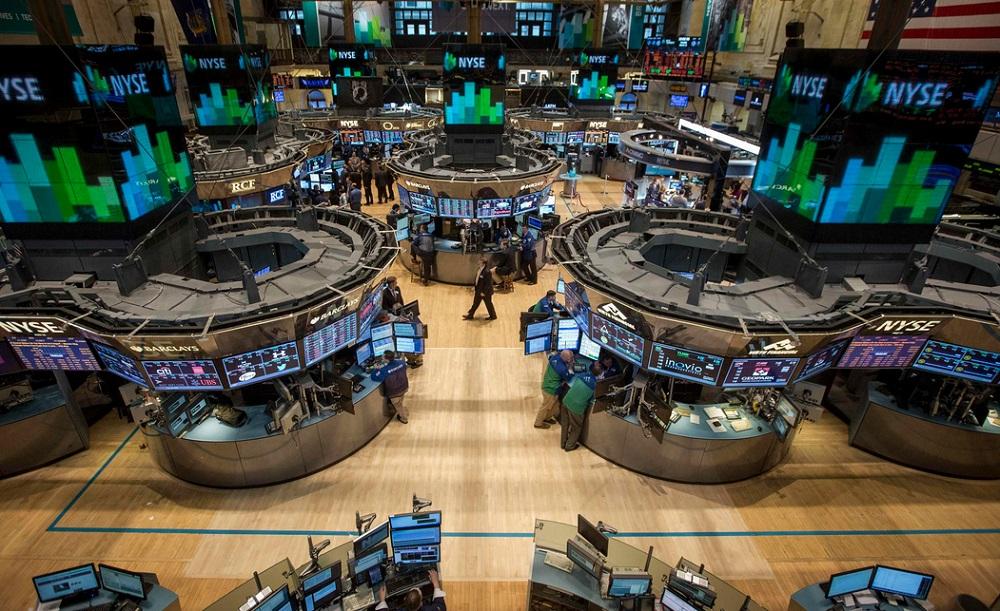 Фондовый рынок завершил сессию со скромным плюсом