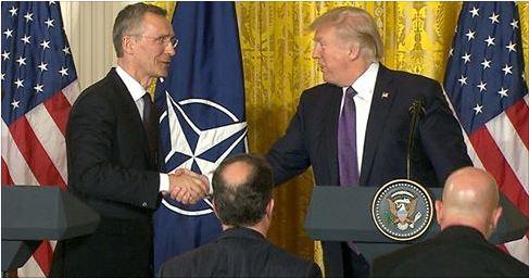 Трамп: НАТО больше не является устаревшим