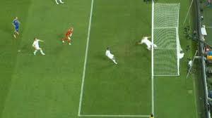 """Президент ФИФА назвал """"электронный"""" мяч необходимостью"""