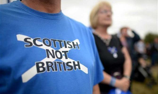 Стерджен подписала письмо с просьбой провести повторный референдум о независимости Шотландии