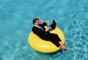 Отпуск: как отдохнуть, а не работать удаленно?
