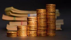 Рублю прогнозируют непростой месяц