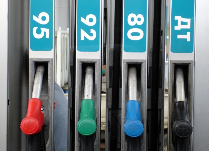 Цена на бензин: тень поглощает акциз